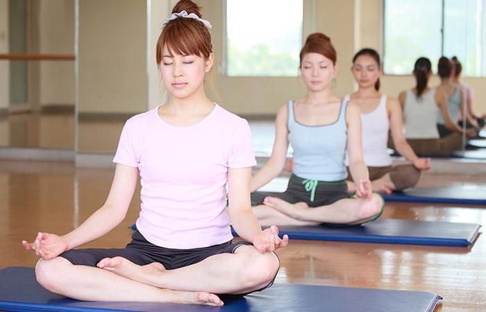 月に2回新月・満月に瞑想会を開催しています。
